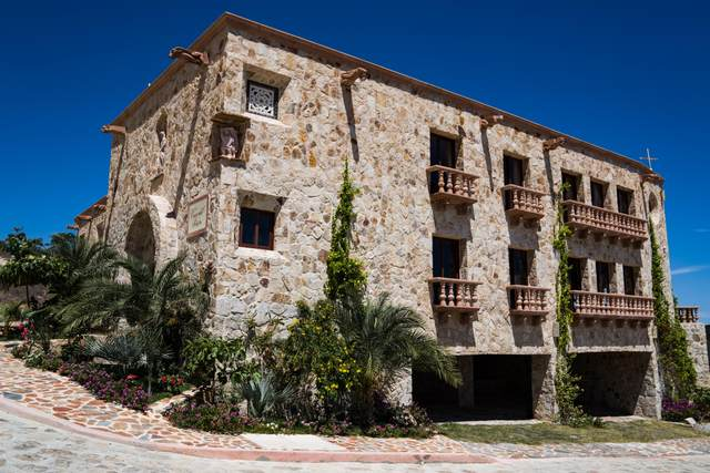 13 Camino Del Sol Block 37, Cabo San Lucas, BS  (MLS #20-912) :: Own In Cabo Real Estate