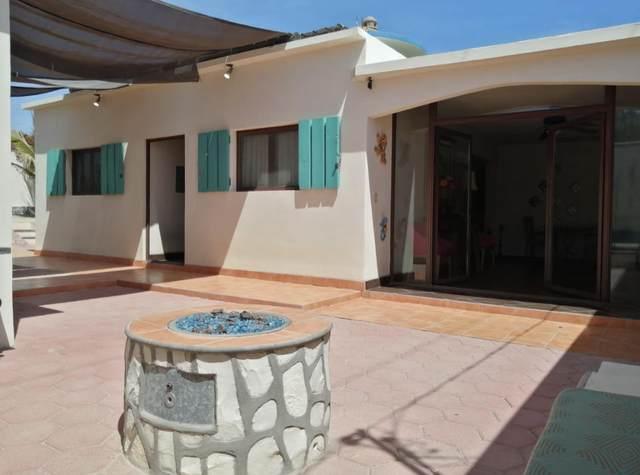 002 C. Salome Lucero, La Paz, BS  (MLS #21-1434) :: Own In Cabo Real Estate