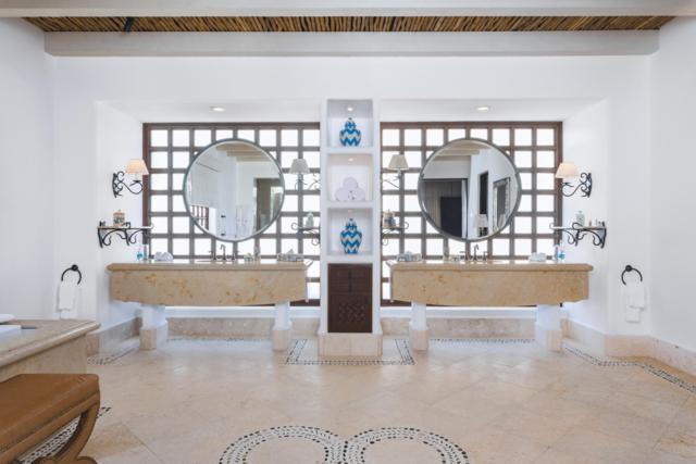 The Residences #6301, San Jose Corridor, BS  (MLS #18-1411) :: Los Cabos Agent