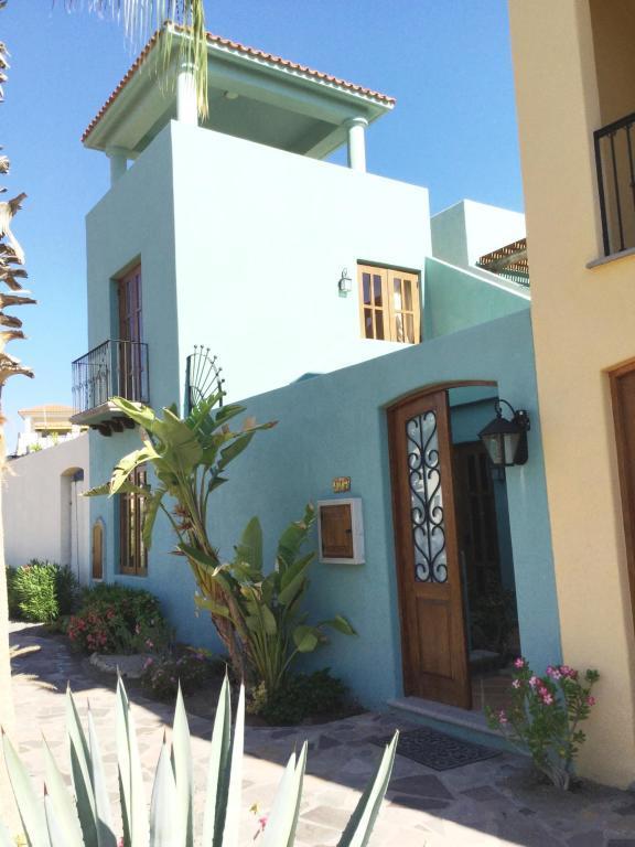Avenida Agua Dulce, Loreto, BS  (MLS #18-2388) :: Los Cabos Agent
