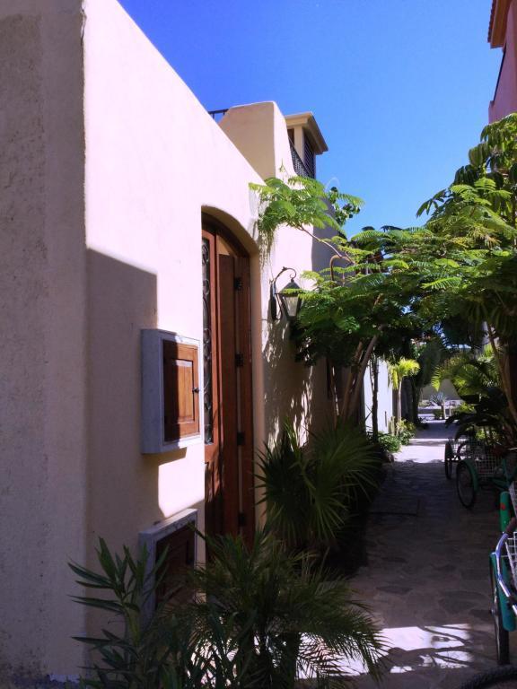 Avenida Punta Delfin, Loreto, BS  (MLS #18-2393) :: Los Cabos Agent