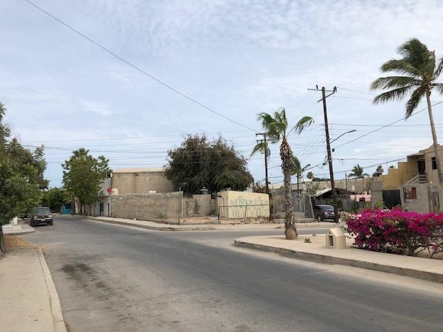 14 Calle Ejido, Cabo San Lucas, BS  (MLS #19-1767) :: Los Cabos Agent