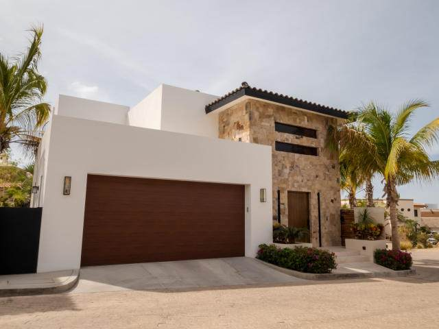 14 Calle Caracol, Cabo Corridor, BS  (MLS #20-788) :: Coldwell Banker Riveras