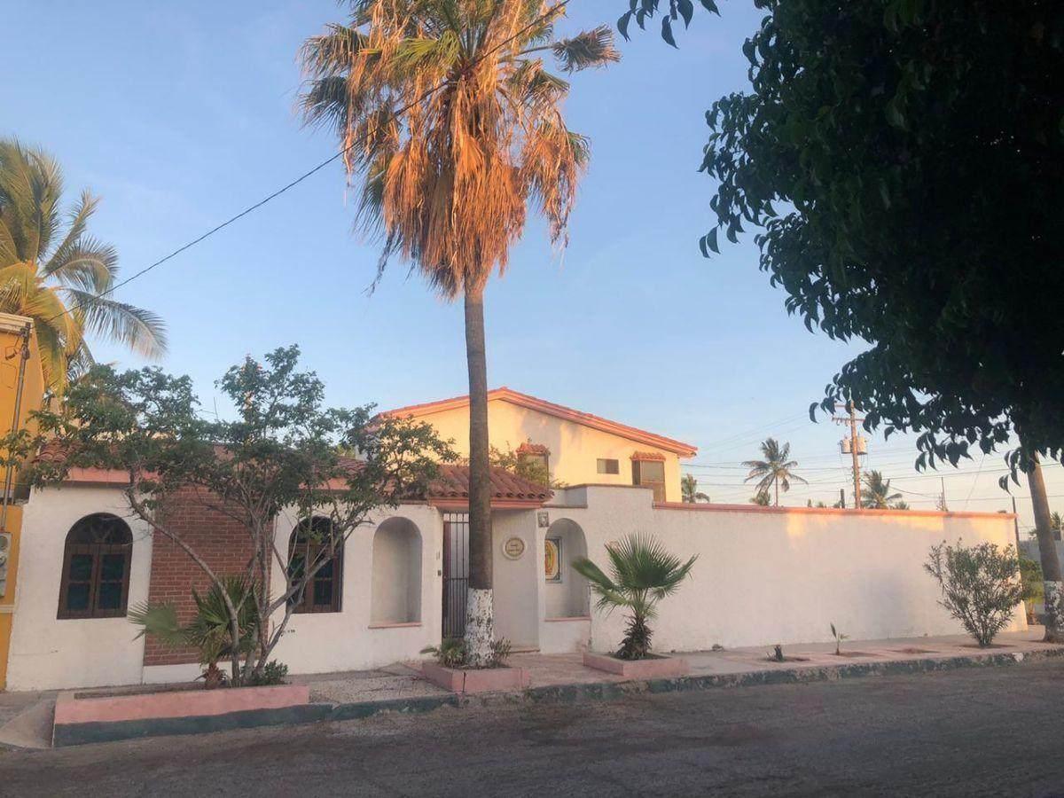 Ensenada - Photo 1