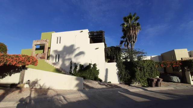 Las Sirenas Villa E2, Cabo Corridor, BS  (MLS #21-421) :: Ronival