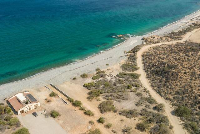 Beach Road To El Cardonal, East Cape, BS  (MLS #21-1456) :: Own In Cabo Real Estate