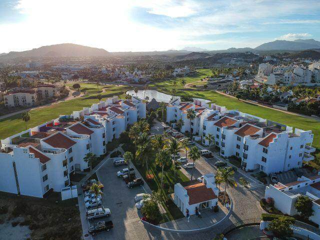 Condominiums Villa Iii #301, San Jose del Cabo, MX  (MLS #21-2022) :: Own In Cabo Real Estate
