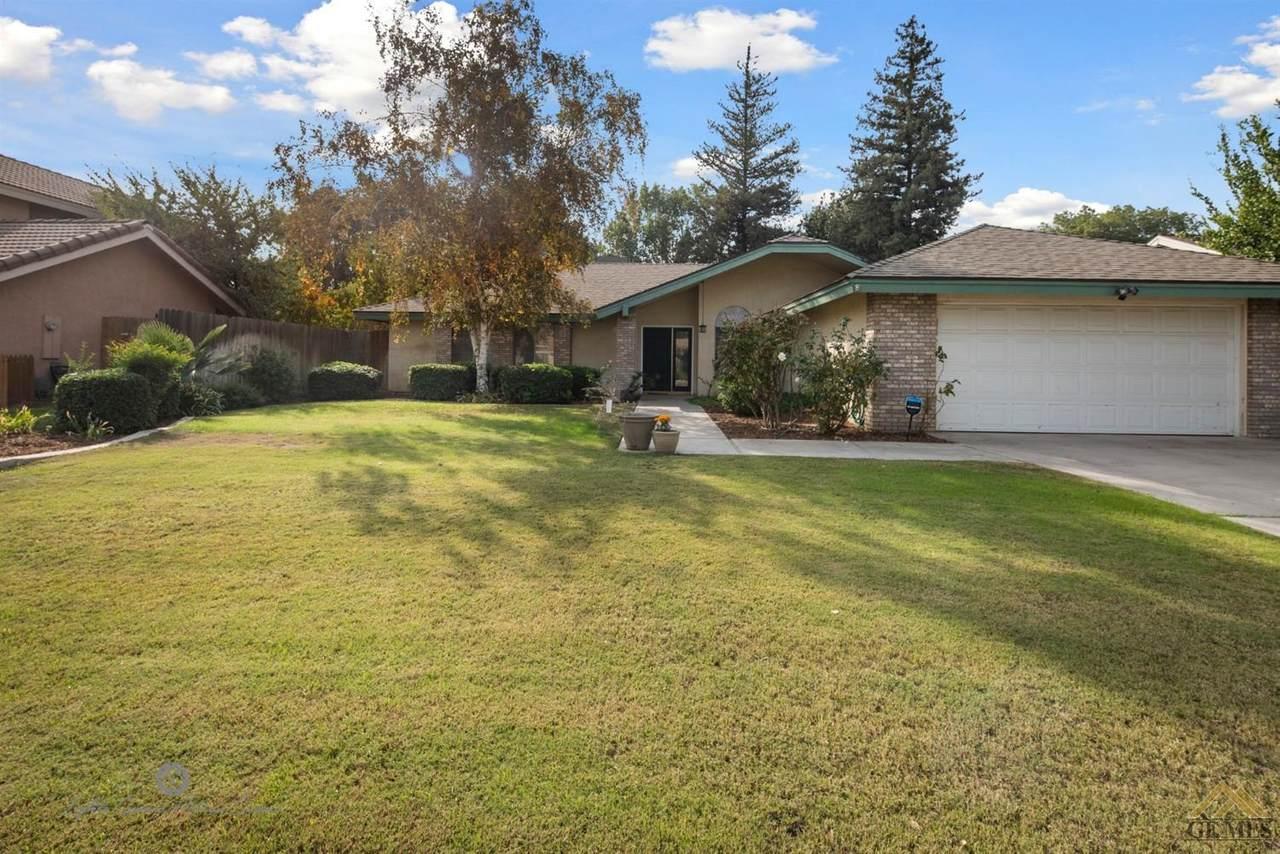 9805 Mesa Oak Drive - Photo 1