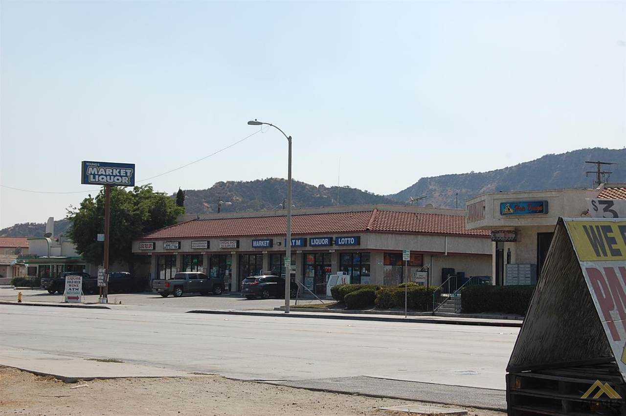 31537 Castaic Road - Photo 1