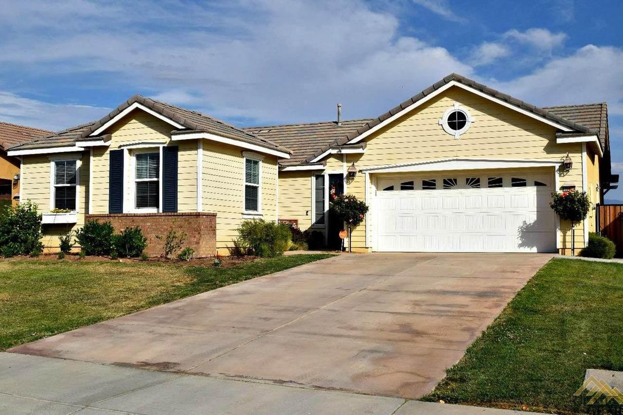10517 Topiary Drive - Photo 1