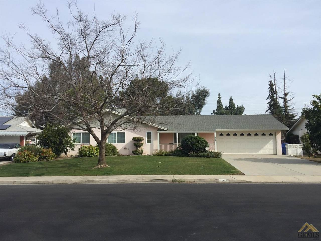 412 Cherry Hills Drive - Photo 1