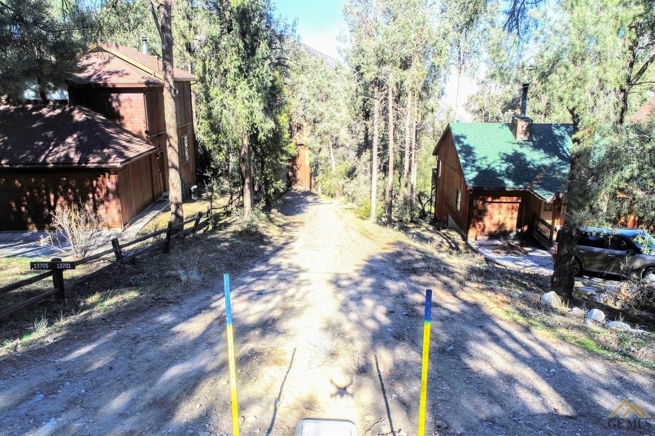 13617 Yellowstone Drive - Photo 1