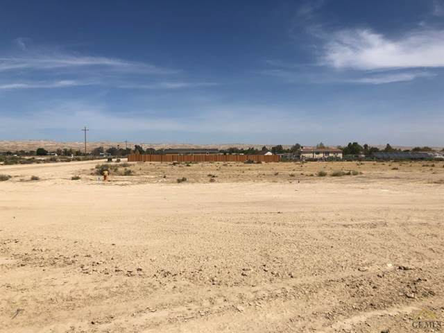 28100 Mustang Avenue, Taft, CA 93268 (#202000124) :: HomeStead Real Estate