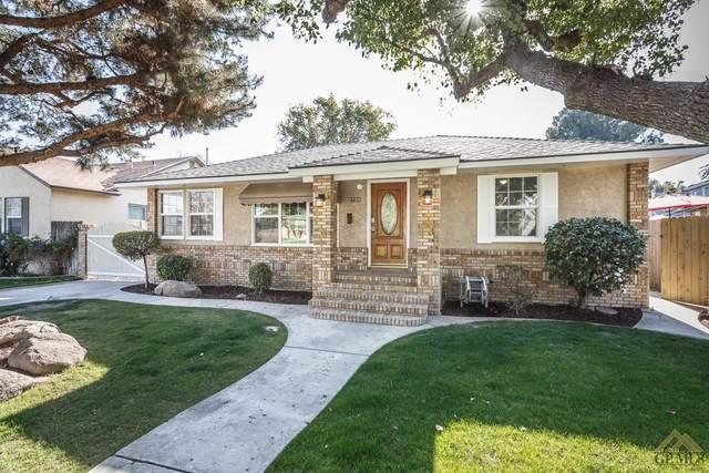 2725 Leaf Street, Bakersfield, CA 93301 (#202001812) :: HomeStead Real Estate