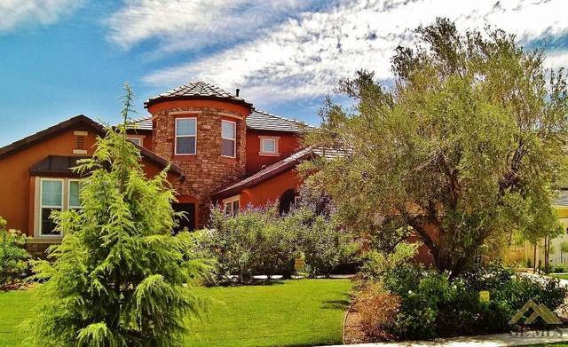 5206 Village Green Lane, Bakersfield, CA 93306 (#202001835) :: HomeStead Real Estate