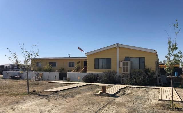 11467 Rowlee Road, Wasco, CA 93280 (#202001897) :: HomeStead Real Estate