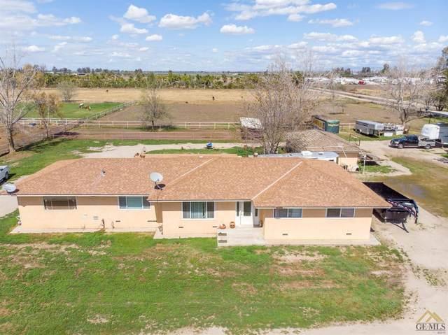 556 Shafter Road, Bakersfield, CA 93307 (#202002979) :: HomeStead Real Estate