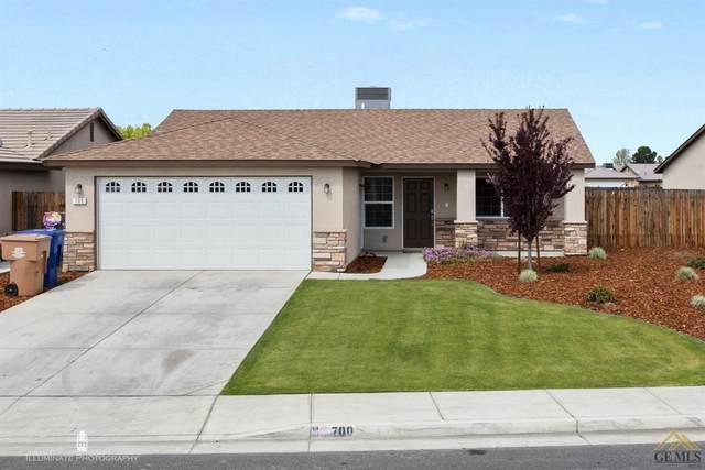 700 Kingscross Avenue, Bakersfield, CA 93307 (#202003070) :: HomeStead Real Estate