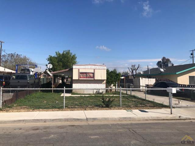 1822 Carver Street, Bakersfield, CA 93307 (#202003153) :: HomeStead Real Estate