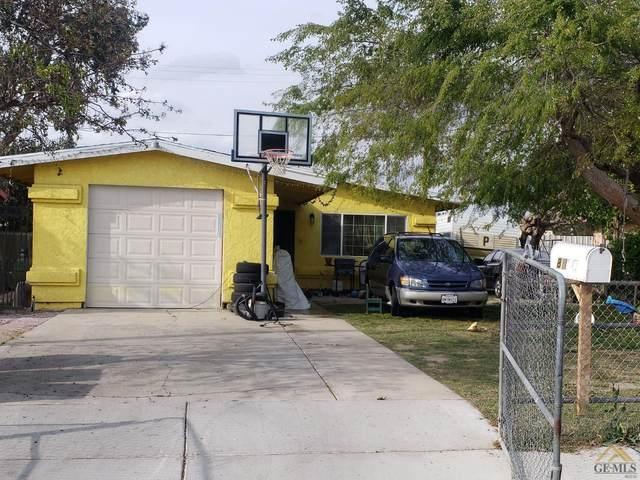 8816 Mark Avenue, Lamont, CA 93241 (#202003349) :: HomeStead Real Estate
