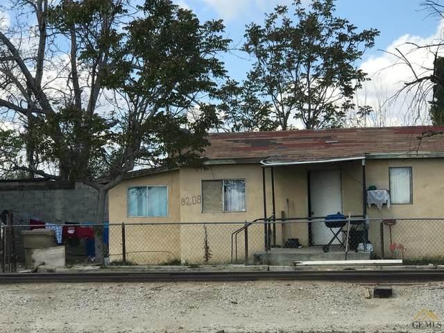 8208 Di Giorgio Road, Lamont, CA 93241 (#202003599) :: HomeStead Real Estate