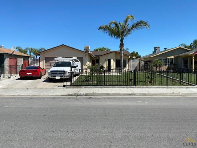 1016 Iris Street, Wasco, CA 93280 (#202004220) :: HomeStead Real Estate