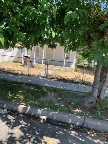 1201 Robinson Street, Bakersfield, CA 93305 (#202004275) :: HomeStead Real Estate