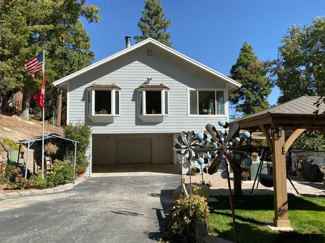 949 Alta Sierra Road, Wofford Heights, CA 93285 (#202004466) :: HomeStead Real Estate