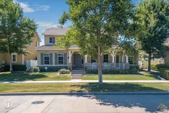 2923 Oakley Street, Bakersfield, CA 93311 (#202004775) :: HomeStead Real Estate
