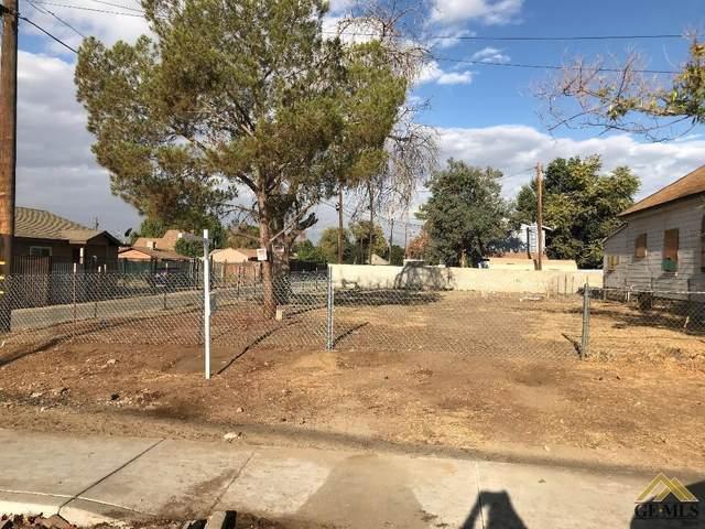 1018 Gage Street, Bakersfield, CA 93305 (#202005137) :: HomeStead Real Estate