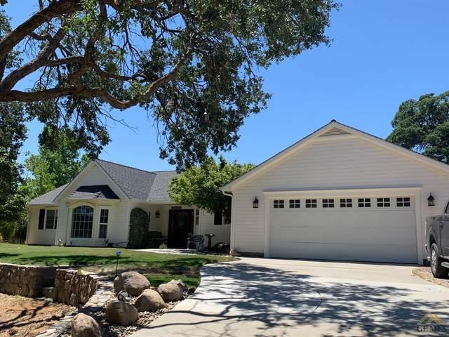 21208 Prospect Avenue, Tehachapi, CA 93561 (#202006579) :: HomeStead Real Estate