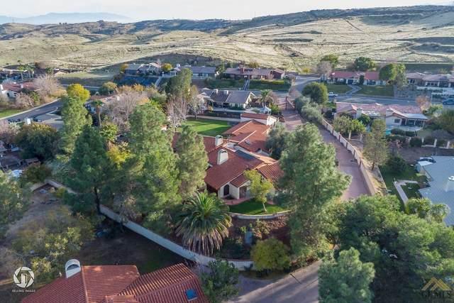 716 Vista Via Drive, Taft, CA 93268 (#202011185) :: HomeStead Real Estate