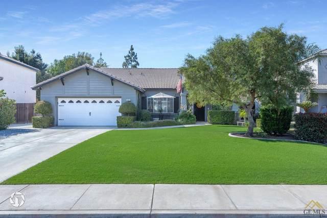 5401 Beacon Court, Bakersfield, CA 93312 (#202011343) :: HomeStead Real Estate