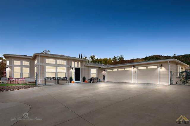 52 Maple Lane, Wofford Heights, CA 93285 (#202012164) :: HomeStead Real Estate