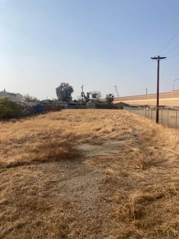 321 Stephens Drive, Bakersfield, CA 93304 (#202012509) :: MV & Associates Real Estate