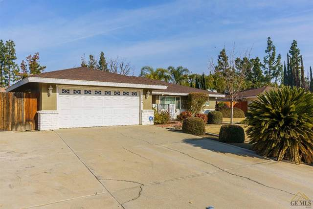 2204 Sutton Place, Bakersfield, CA 93309 (#202100555) :: HomeStead Real Estate