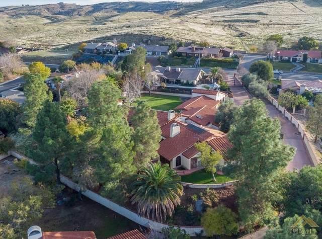 716 Vista Via Drive, Taft, CA 93268 (#202101852) :: HomeStead Real Estate
