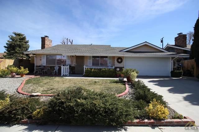 906 S Mill Street, Tehachapi, CA 93561 (#202101983) :: HomeStead Real Estate