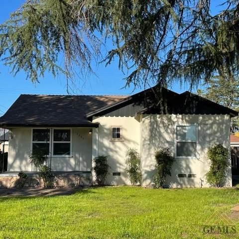 1201 S Chester Avenue, Bakersfield, CA 93304 (#202102005) :: HomeStead Real Estate
