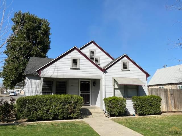 240 Jefferson Street, Bakersfield, CA 93305 (#202102367) :: HomeStead Real Estate