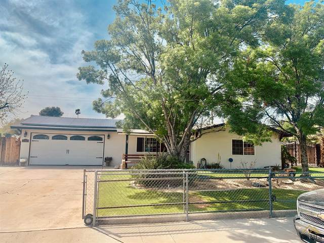 3507 Herndon Street, Bakersfield, CA 93312 (#202104251) :: HomeStead Real Estate