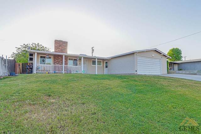 2818 Pasadena Street, Bakersfield, CA 93306 (#202105117) :: HomeStead Real Estate