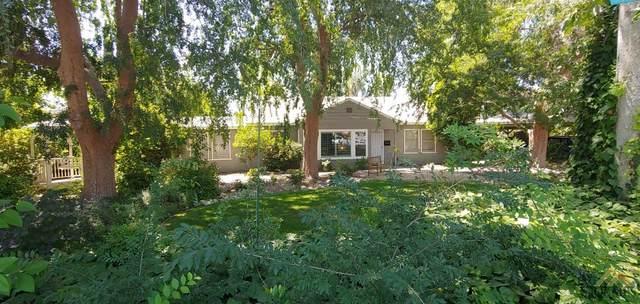2512 Bay Street, Bakersfield, CA 93301 (#202105185) :: HomeStead Real Estate