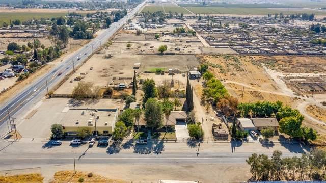 4901 Weedpatch Highway, Bakersfield, CA 93307 (#202107820) :: MV & Associates Real Estate