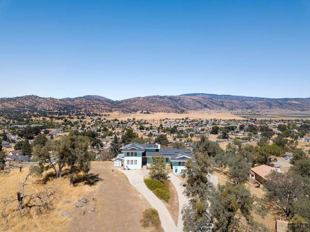 27901 Tim Tam Place, Tehachapi, CA 93561 (#202109537) :: MV & Associates Real Estate