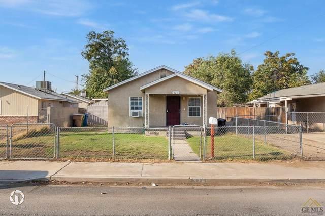 324 Belle Avenue, Bakersfield, CA 93308 (#202110368) :: MV & Associates Real Estate