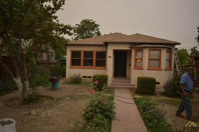 1200 Chester Place, Bakersfield, CA 93304 (#202110511) :: MV & Associates Real Estate
