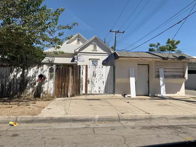 1027 Kern Street, Bakersfield, CA 93305 (#202110570) :: MV & Associates Real Estate