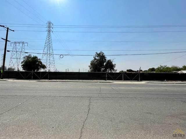 5301 Pioneer Drive, Bakersfield, CA 93306 (#202110786) :: MV & Associates Real Estate