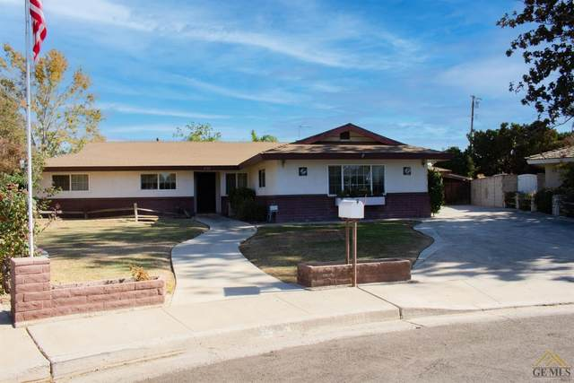 6106 Lori Way, Bakersfield, CA 93308 (#202111081) :: MV & Associates Real Estate